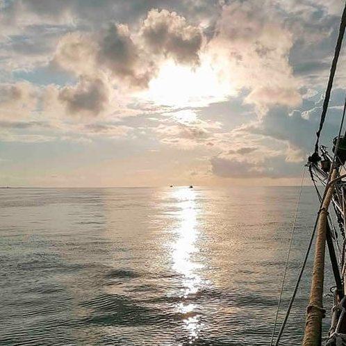 jeune-et-rand-ocean-soiree-speciale-sortie-en-mer-sur-le-port-de-pornic-avec-le-corsaire-de-retz(1)